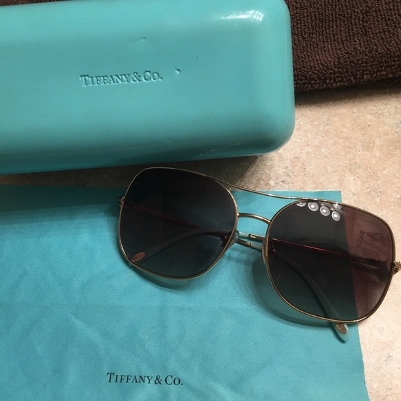 0a97bde22021 Authentic Tiffany   Co Sunglasses or trade. M 5aa8981e6bf5a684023c361b.  Other Accessories ...